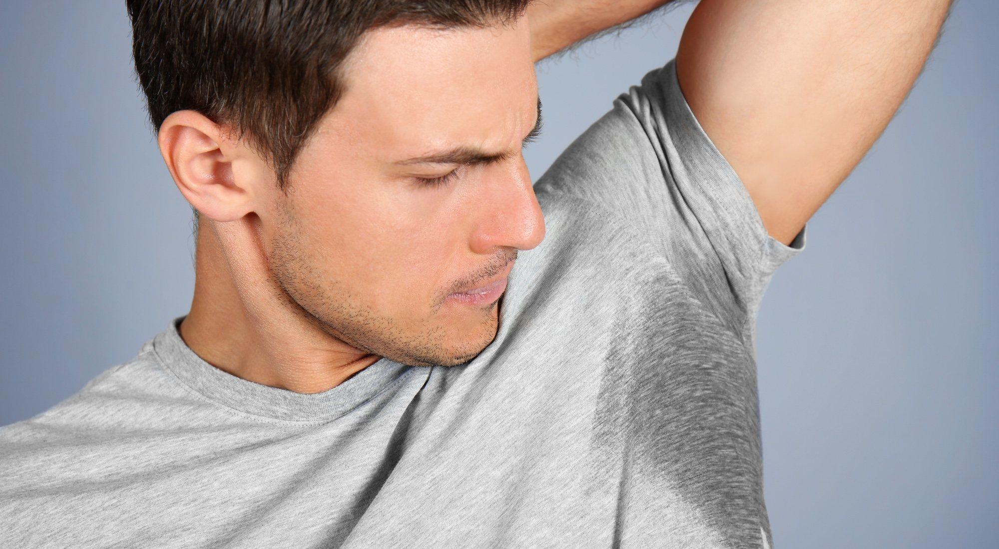 La hiperhidrosis o exceso de sudoración: qué es, formas de combatirlo y soluciones