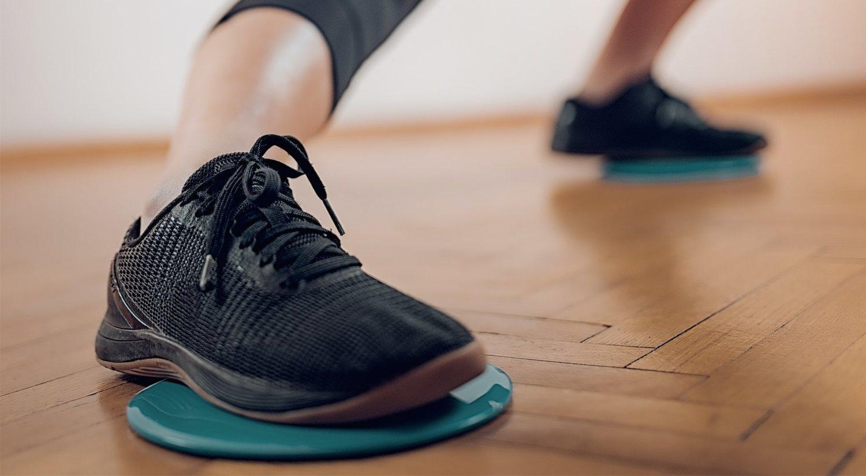 Gliding discs o core sliders: qué son y ejercicios que puedes hacer con ellos