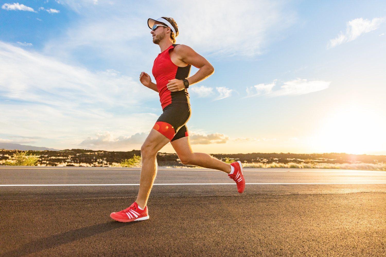 Correr una maratón requiere una preparación previa en muchos aspectos, entre ellos el físico y psicológico.