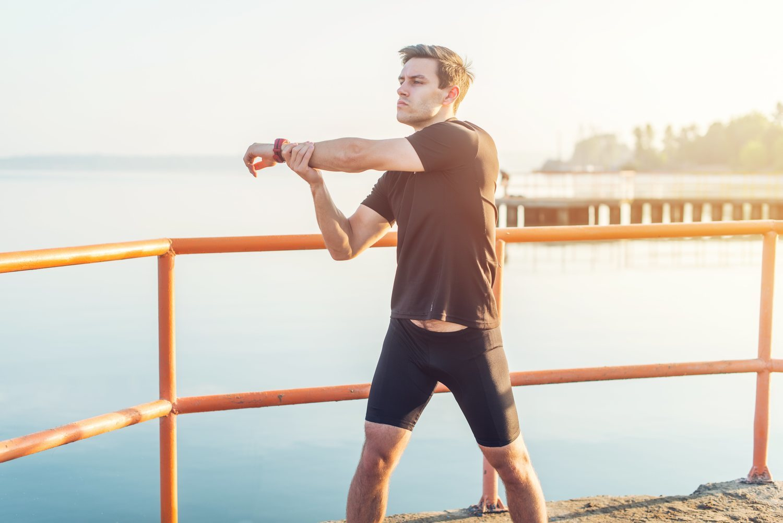 El estiramiento es fundamental antes y después de cualquier ejercicio aeróbico.