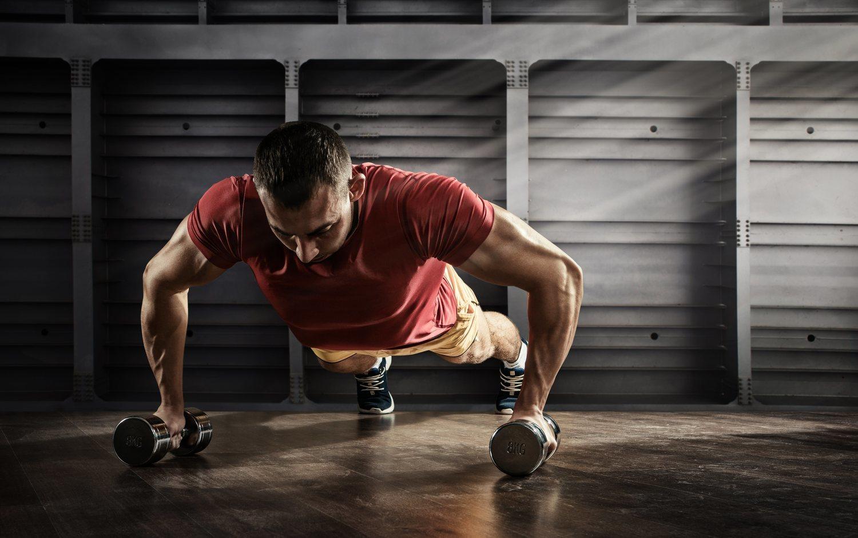 El CrossFit es ideal para aquellas personas que quieran realizar una actividad física dinámica y en grupo. Para los usuarios que sólo busquen un cuerpo estético, lo mejor es la musculación tradicional en el gimnasio.