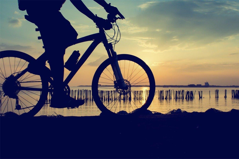 No te pierdas por nada del mundo estos atardeceres por no saber montar en bici