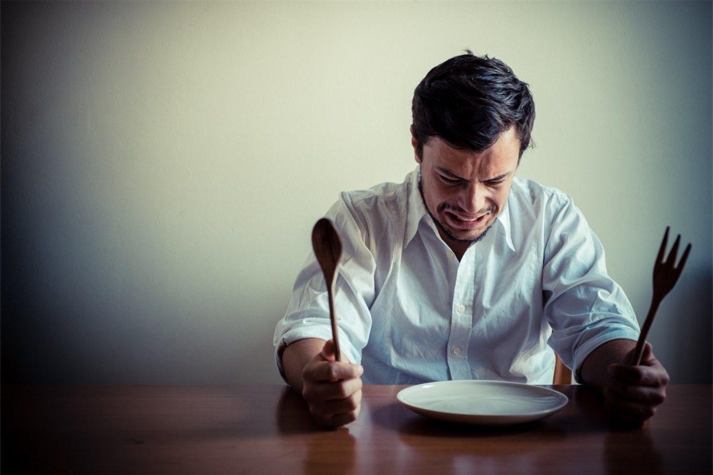 Al principio es probable que la hora de comer te parezca muy lejana
