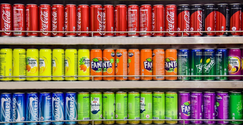 Los refrescos son uno de los componentes que más azúcar tienen entre sus propiedades.
