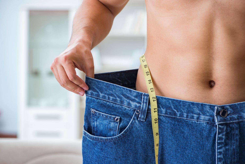 Eliminar esa grasa lateral que nos resulta tan incómoda sí es posible.