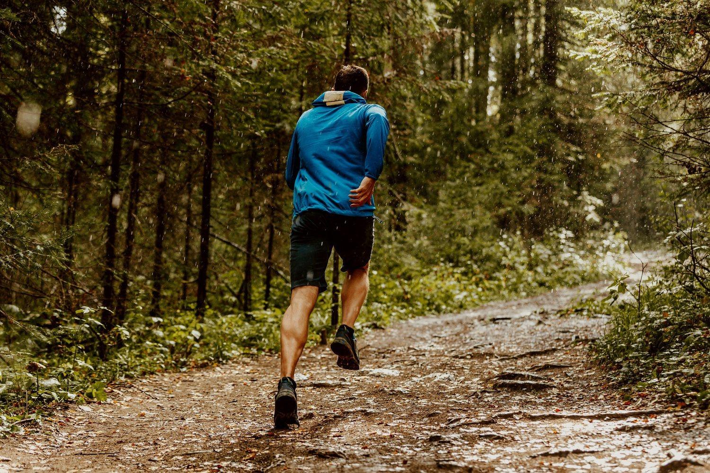Entrenar por diferentes superficies mejorará tu estabilidad.