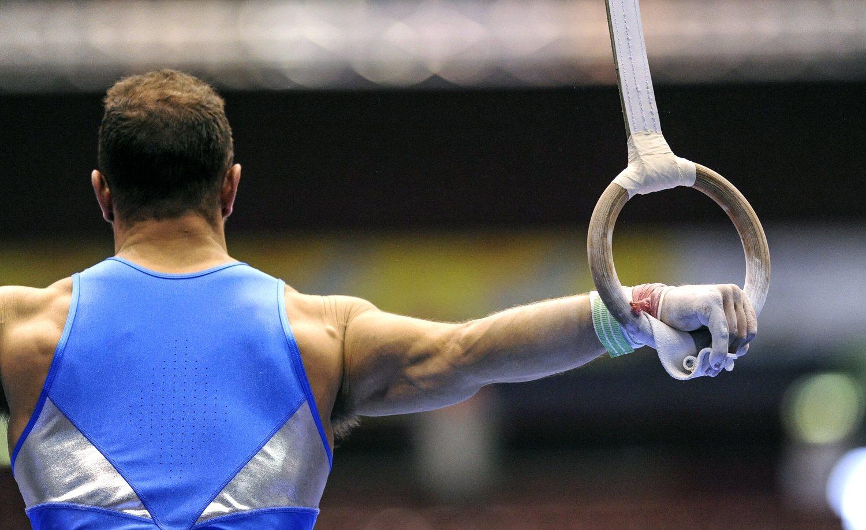 Las anillas es una disciplina de gimnasia artística exclusivamente para hombres.