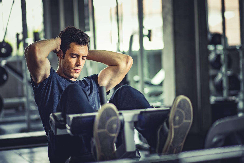 Para conseguir una rutina de abdominales completa es necesario practicar ejercicios que fortalezcan cada uno de los músculos de los abdominales.